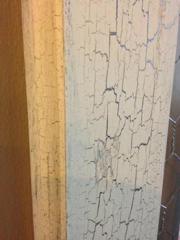 Weathered Wood Crackle Finish - Close up