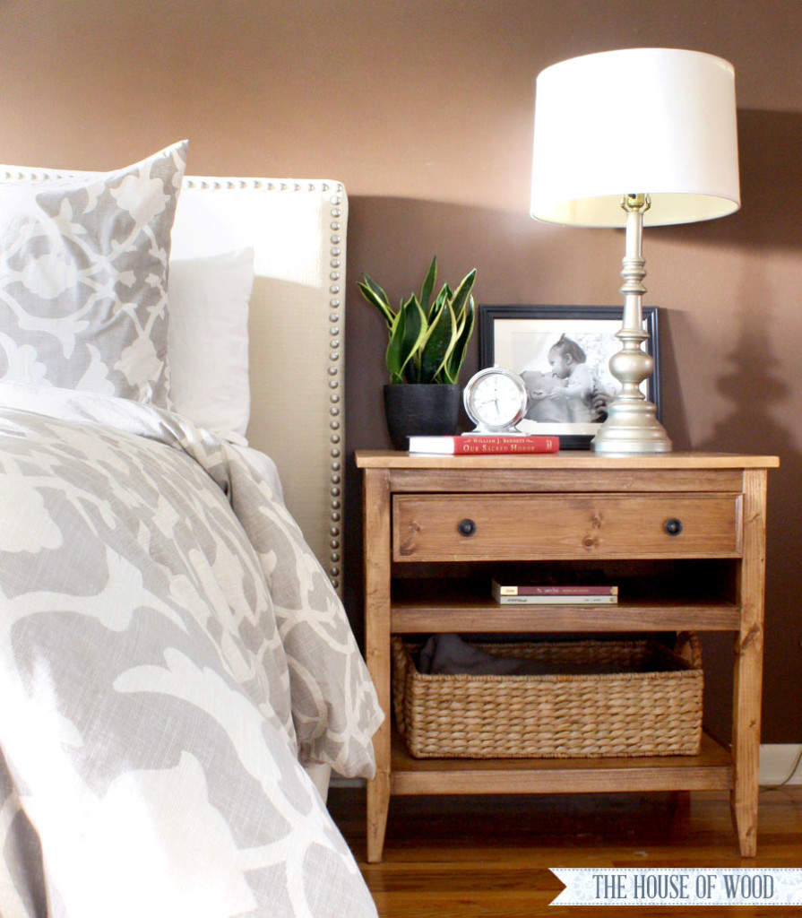 Diy bedside table with drawer and shelf free plans for Nightstand plans