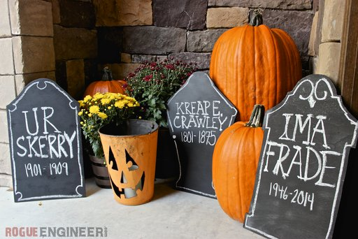 DIY Chalkboard tombstone - Free DIY Plan