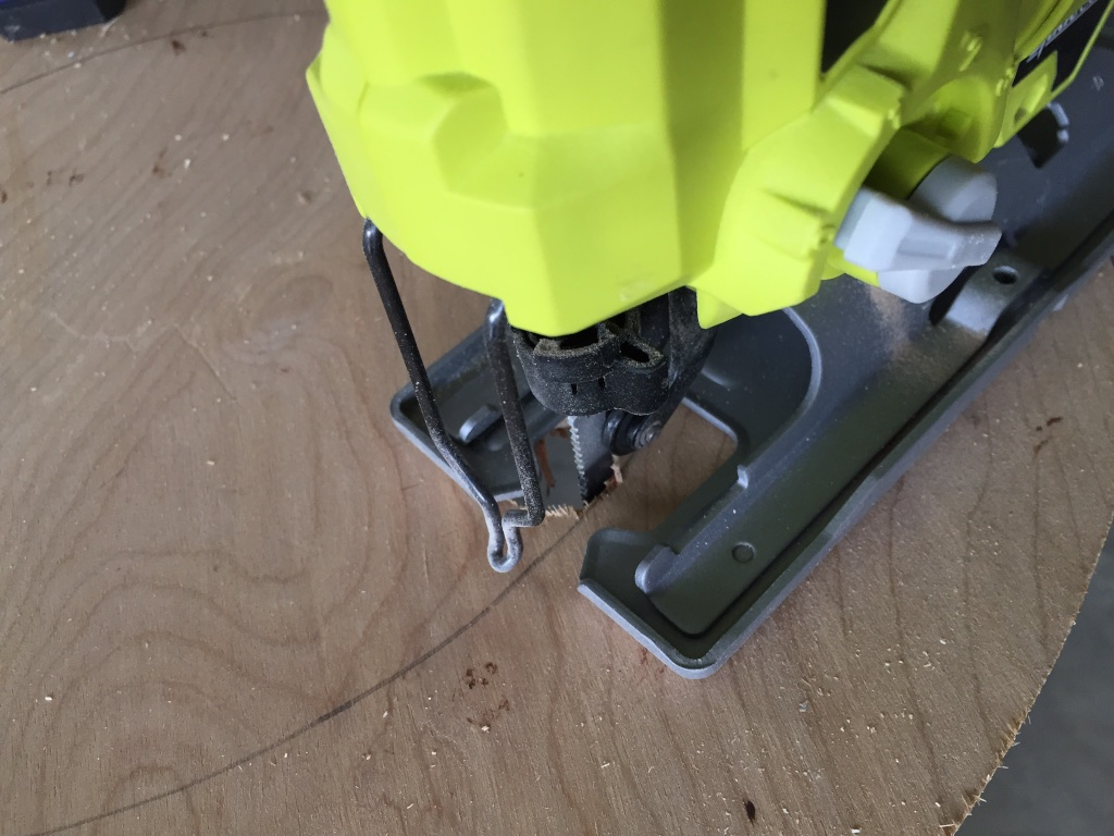 Cutting O- hole jigsaw