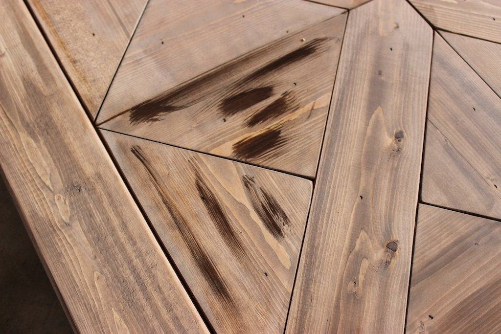 Then Jamie highlighted the woodgrain with Kona would stain.