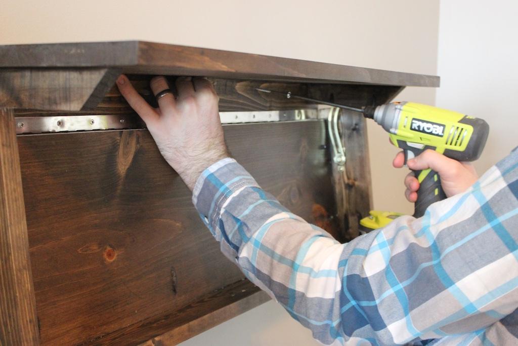 Secret Shelf   Free Plans   Mounting
