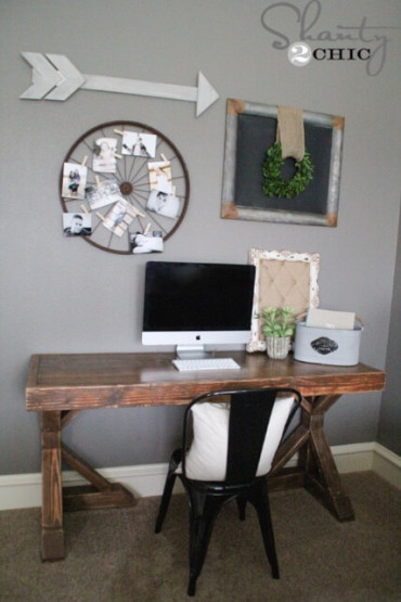 DIY Trestle Desk - Free Plans - Rogue Engineer