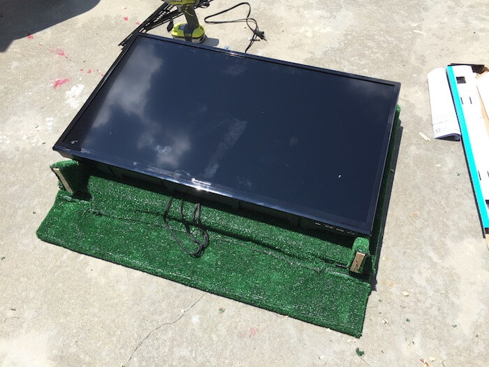 DIY Tailgate TV Stand - 10