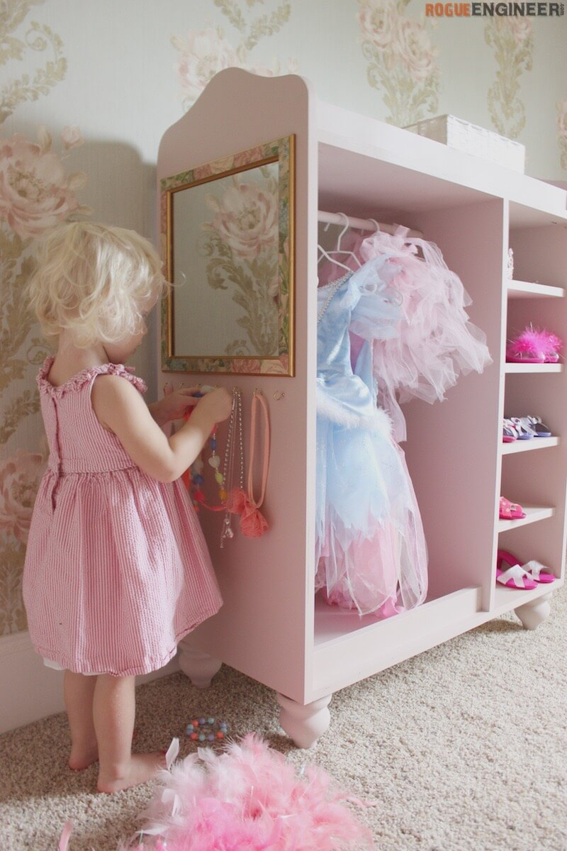 Girl S Dress Up Center Free Diy Plans Rogue Engineer
