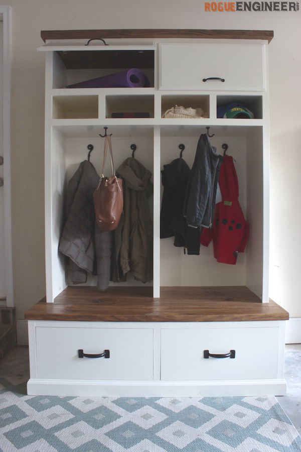 DIY Plans - Mudroom Locker with Bench - Rogue Engineer 1 (1)