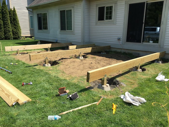 DIY Floating Deck Plans - Rogue Engineer 10
