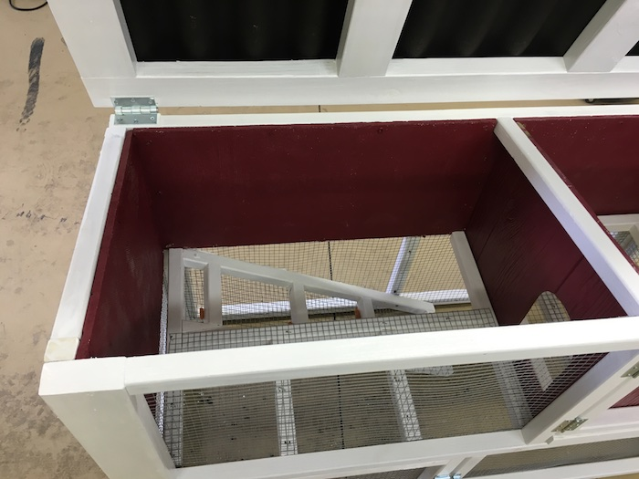 DIY Rabbit Hutch Plans - Step 16