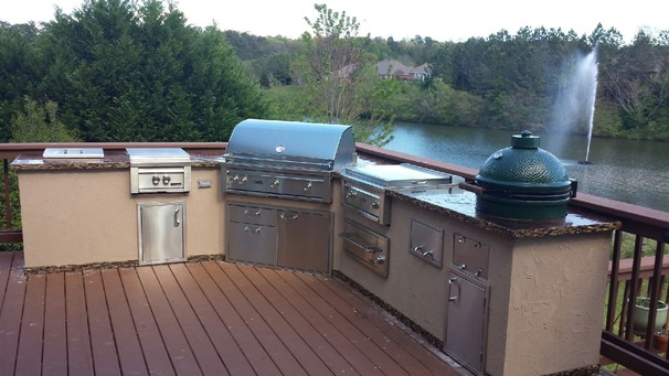 Lake Outdoor Kitchen