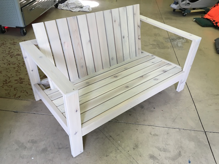 DIY Outdoor Loveseat Plans - Rogue Engineer 4
