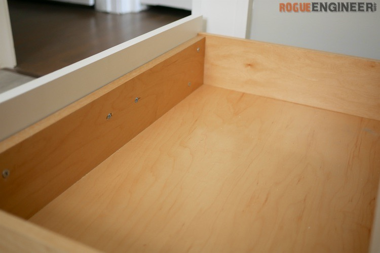 How To Build A Simple Drawer Box Rogue Engineer