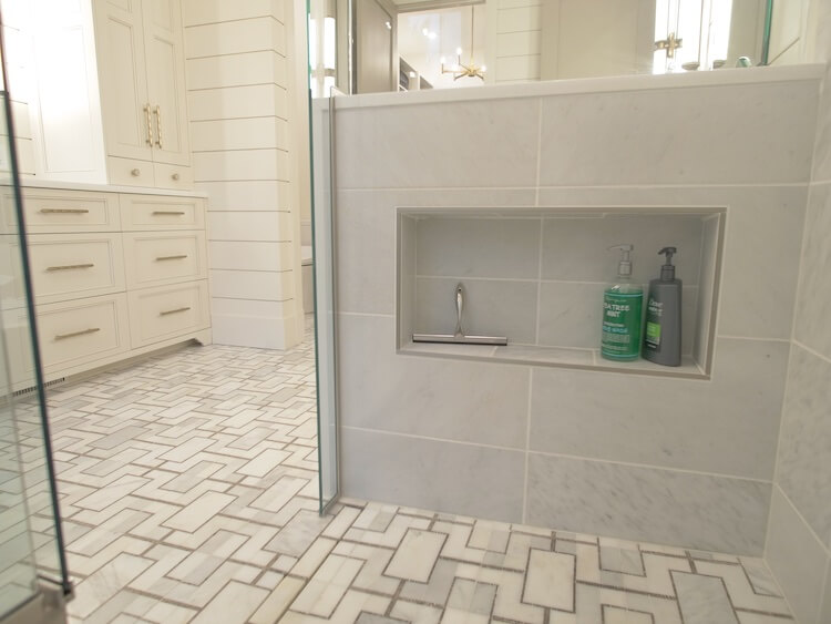 DHB EP9 Master and Guest Baths 8