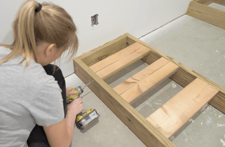 How to build a theater riser Step 3