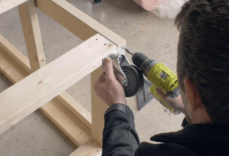 Portable Garage Storage Shelves DIY Plans3