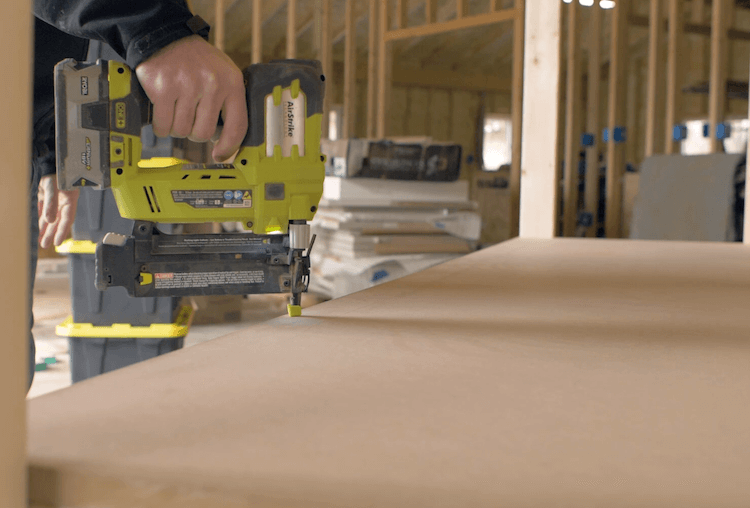 Portable Garage Storage Shelves DIY Plans4
