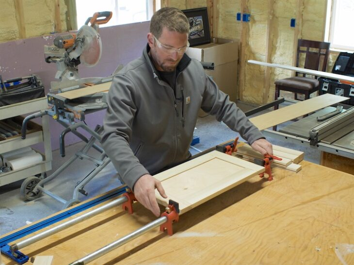 Cabinet Doors and Drawer Fronts on a Router Table