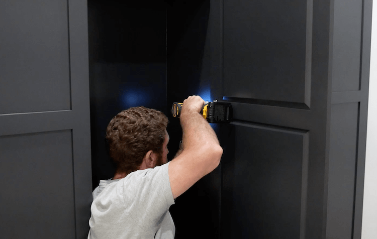 How to Build Mudroom Lockers 25
