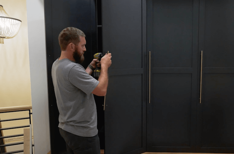How to Build Mudroom Lockers 28