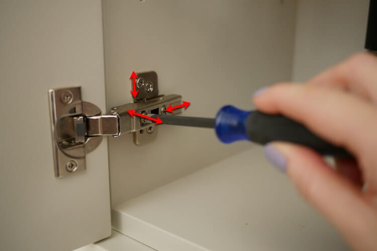 Installing Cabinet Hinges the Easy Way Rogue Engineer 2