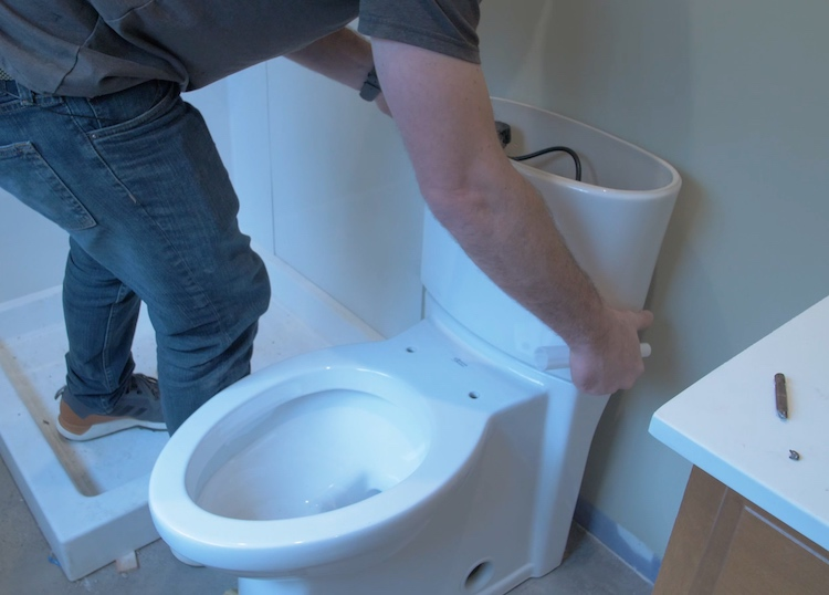 How to install a toilet Step 21