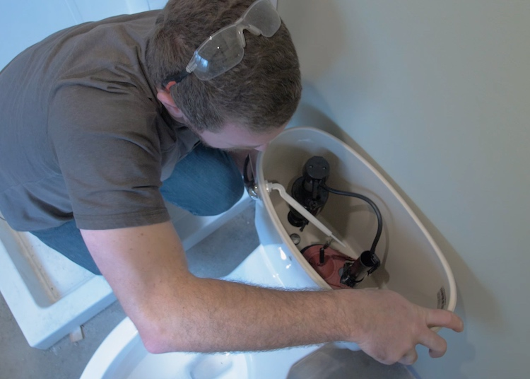 How to install a toilet Step 23