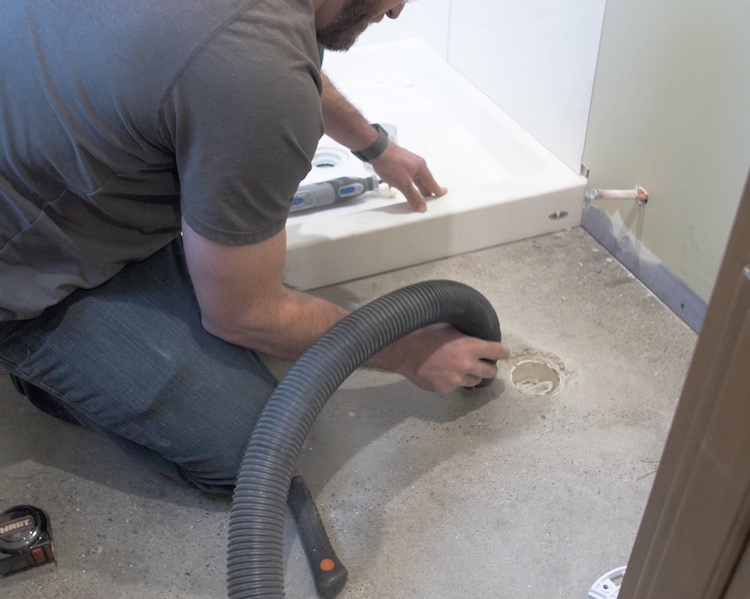 How to install a toilet Step 5