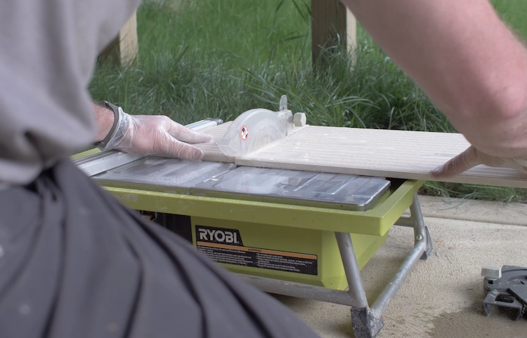 How to Install Large Format Wall Tile 15