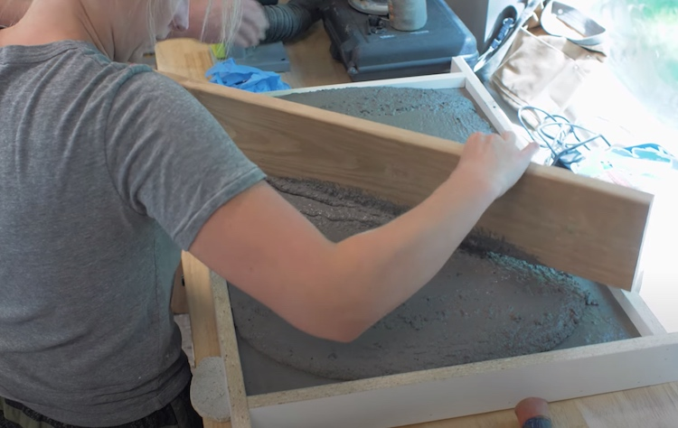 DIY Outdoor Kitchen Concrete Top 4