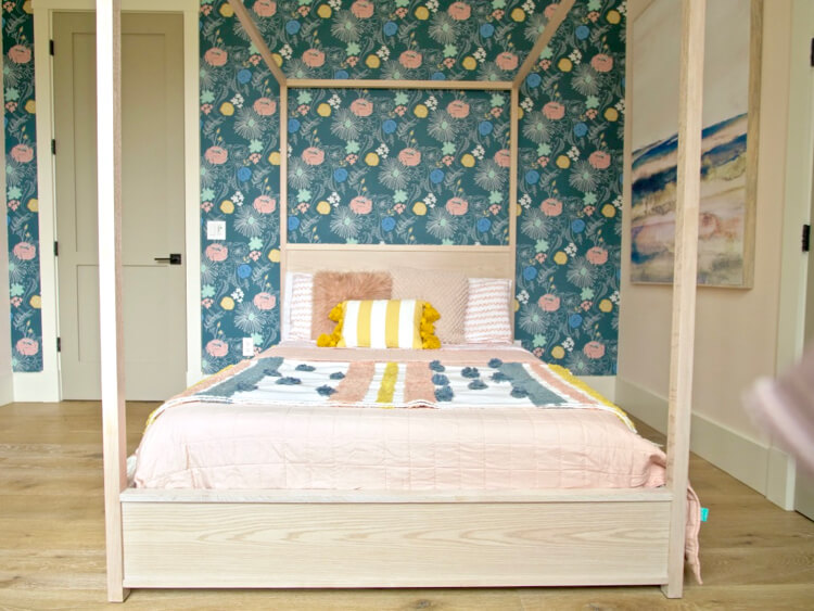 Full Canopy Bed 3